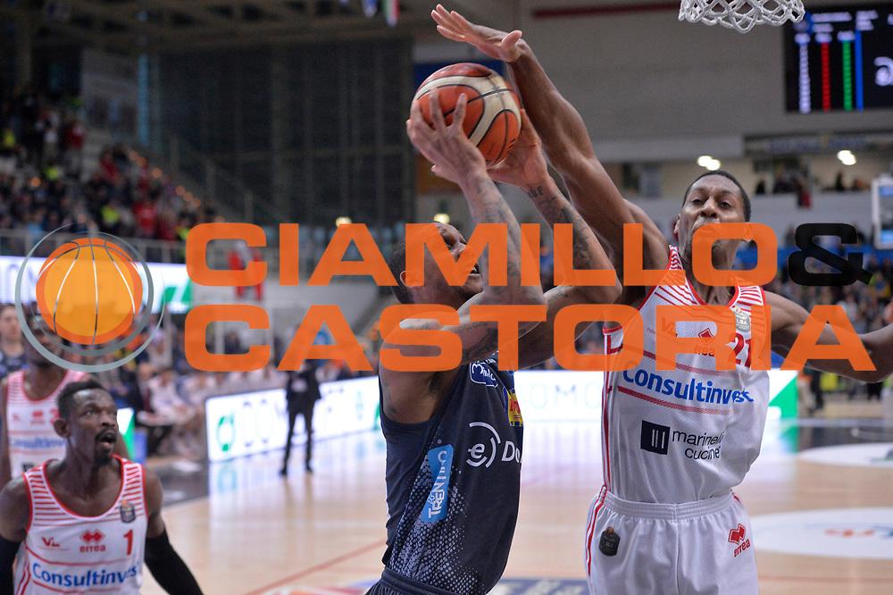 Joao Gomes<br /> Dolomiti Energia Aquila Basket Trento - Consultinvest Victoria Libertas Pesaro<br /> Lega Basket Serie A 2016/2017<br /> Trento, 26/03/2017<br /> Foto M. Ceretti / Ciamillo - Castoria