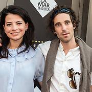 NLD/Amsterdam/20150604 - Premiere In de Ban van Broadway, Nyncke Beekhuizen en partner Bart
