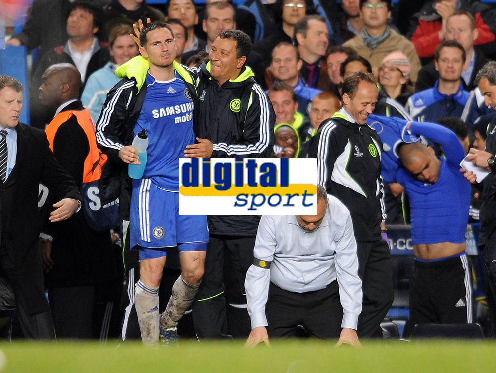 Liverpool/Chelsea Champions League semi final 2nd leg 30.04.08 <br /> Photo: Tim Parker Fotosports International<br /> Avram Grant Chelsea manager celebrates at the end of the  game with Frank Lampard