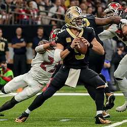 Nov 5, 2017; New Orleans, LA, USA; New Orleans Saints quarterback Drew Brees (9) throws against the Tampa Bay Buccaneers during the first half of a game at the Mercedes-Benz Superdome. Mandatory Credit: Derick E. Hingle-USA TODAY Sports