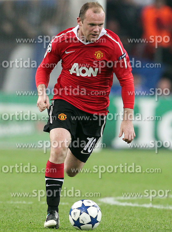 26.04.2011, Veltins Arena, Gelsenkirchen, GER, UEFA CL, Halbfinale Hinspiel, Schalke 04 (GER) vsManchester United (ENG), im Bild: Wayne Rooney (Manchester #10)   // during the UEFA CL, Semi Final first leg, Schalke 04 (GER) vs Manchester United (ENG), at the Veltins Arena, Gelsenkirchen, 26/04/2011 EXPA Pictures © 2011, PhotoCredit: EXPA/ nph/  Mueller *** Local Caption ***       ****** out of GER / SWE / CRO  / BEL ******