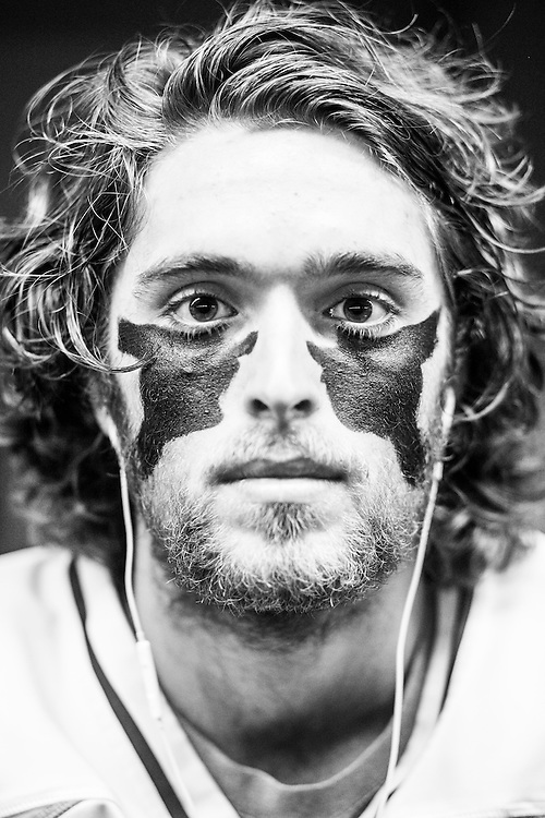 05/24/2015- Philadelphia, Penn. - Tufts longstick midfielder Tyler Carbone, A17, shows off his eye black in the locker room at Lincoln Financial Field before the NCAA Division III Men's Lacrosse National Championship Game on May 24, 2015. (Kelvin Ma/Tufts University)