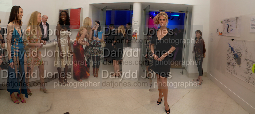 Rachel Hunter and models. Art Plus dance fundraising party. Whitechapel gallery. 21 March 2005. ONE TIME USE ONLY - DO NOT ARCHIVE  © Copyright Photograph by Dafydd Jones 66 Stockwell Park Rd. London SW9 0DA Tel 020 7733 0108 www.dafjones.com
