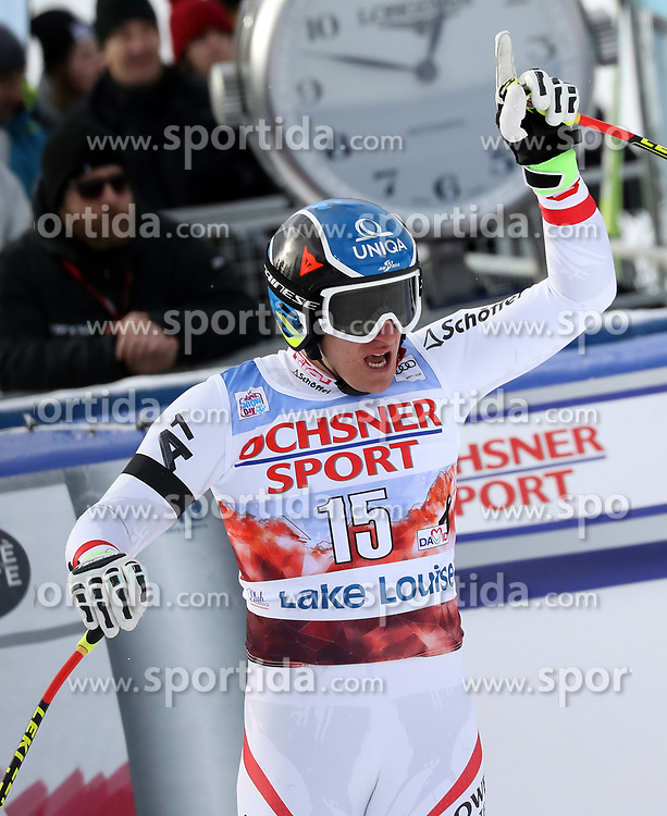 25.11.2017, Lake Louise, CAN, FIS Weltcup Ski Alpin, Lake Louise, Abfahrt, Herren, im Bild Matthias Mayer (AUT, 2. Platz) // second placed Matthias Mayer of Austria reacts after his run of men's downhill of FIS Ski Alpine World Cup IN in Lake Louise, Canada on 2017/11/25. EXPA Pictures &copy; 2017, PhotoCredit: EXPA/ Sammy Minkoff<br /> <br /> *****ATTENTION - OUT of GER*****