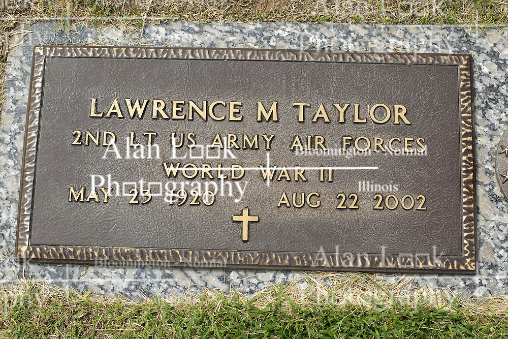 31 August 2017:   Veterans graves in Park Hill Cemetery in eastern McLean County.<br /> <br /> Lawrence M Taylor  2nd Lieutenant US Army Air Forces World War II  May 23 1920  Aug 22 2002