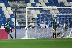 """Foto LaPresse/Filippo Rubin<br /> 04/04/2019 Reggio Emilia (Italia)<br /> Sport Calcio<br /> Sassuolo - Chievo Verona - Campionato di calcio Serie A 2018/2019 - Stadio """"Mapei Stadium""""<br /> Nella foto: TERZO GOAL SASSUOLO MANUEL LOCATELLI (SASSUOLO)<br /> <br /> Photo LaPresse/Filippo Rubin<br /> April 04, 2019 Reggio Emilia (Italy)<br /> Sport Soccer<br /> Sassuolo vs Chievo Verona - Italian Football Championship League A 2018/2019 - """"Mapei Stadium"""" Stadium <br /> In the pic: THIRD GOAL SASSUOLO MANUEL LOCATELLI (SASSUOLO)"""