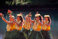 Hula dancers, Waikiki, Honolulu, Hawaii USA