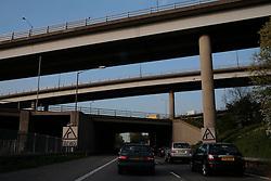 UK ENGLAND SURREY 20APR07 - View of dense traffic on  motorway bridges at the M25 and M4 crossing. ..jre/Photo by Jiri Rezac..© Jiri Rezac 2007..Contact: +44 (0) 7050 110 417.Mobile:  +44 (0) 7801 337 683.Office:  +44 (0) 20 8968 9635..Email:   jiri@jirirezac.com.Web:    www.jirirezac.com..© All images Jiri Rezac 2007 - All rights reserved.