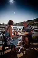Bonne nuite beach cafe 090713
