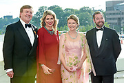 Staatsbezoek aan Luxemburg dag 2 / State visit to Luxembourg day 2<br /> <br /> Op de foto / On the photo: Koning Willem Alexander en koningin Maxima met Erfgroothertog Guillaume en Erfgroothertogin Stéphanie tijdens de Contraprestatie in de Philharmonie / King Willem Alexander and Queen Maxima with Erfgroothertog Guillaume en Erfgroothertogin Stéphanie  during the Contra Performance in the Philharmonie