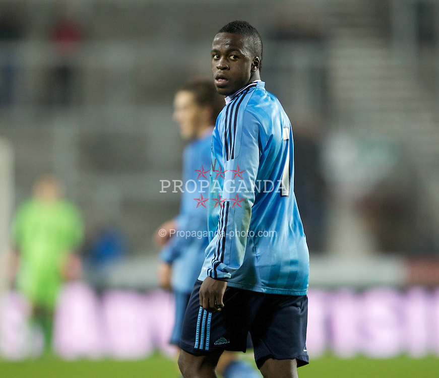ST HELENS, ENGLAND - Wednesday, March 14, 2012: AFC Ajax's Lesley de Sa during the NextGen Series Semi-Final match against Liverpool at Langtree Park. (Pic by Vegard Grott/Propaganda)