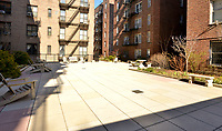 Courtyard at 330 Haven Avenue