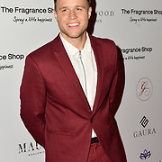 Olly Murs Arrivers at The Global Gift Gala red carpet - Eva Longoria hosts annual fundraiser in aid of Rays Of Sunshine, Eva Longoria Foundation and Global Gift Foundation on 2 November 2018 at The Rosewood Hotel, London, UK. Credit: Picture Capital