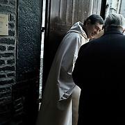 Belgium - Liege April 04, 2007, Priest is finishing mass at St-Martin Basilica ©Jean-Michel Clajot