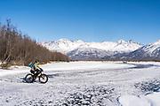 fatbike Hunter Creek, Knik Glacier 2017-03-17