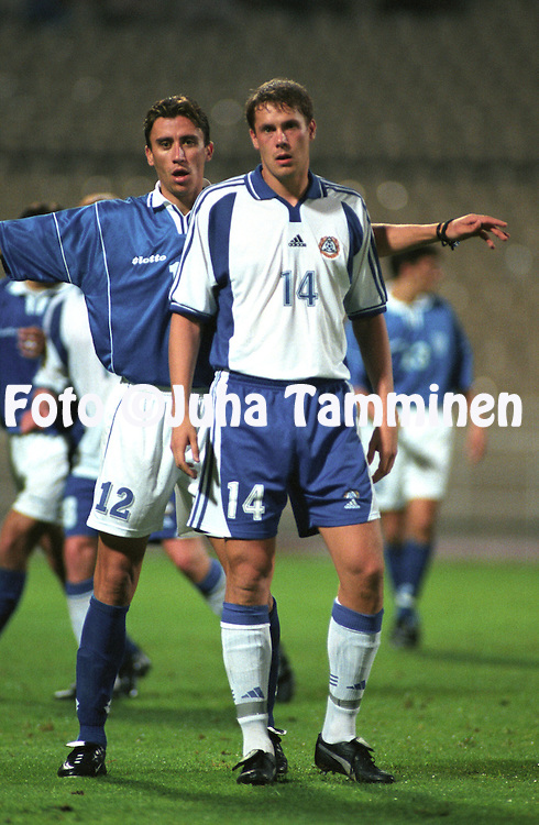 07.10.2000, Olympic Stadium, Athens, Greece. .FIFA World Cup Qualifying match, Greece v Finland. Antzas Paraskevas (GRE) v Mika Kottila (FIN)..©JUHA TAMMINEN
