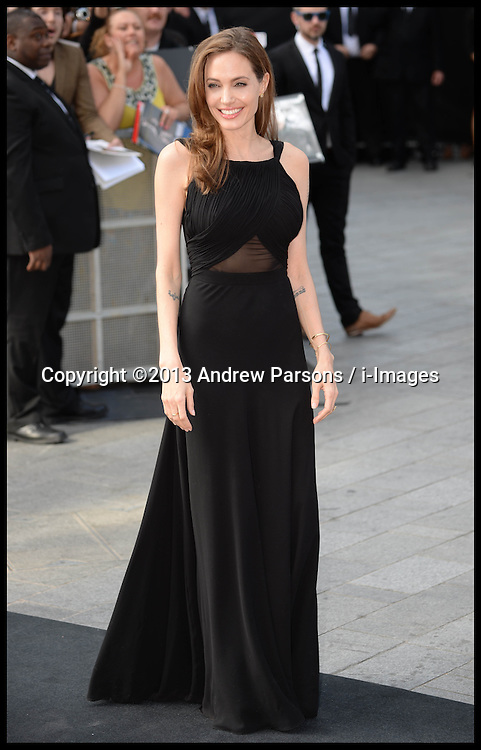 Angelina Jolie and Brad pitt arrives for the World War Z UK film premiere at The Empire, Leicester Square, London, United Kingdom, <br /> Sunday, 2nd June 2013<br /> Picture by Andrew Parsons / i-Images
