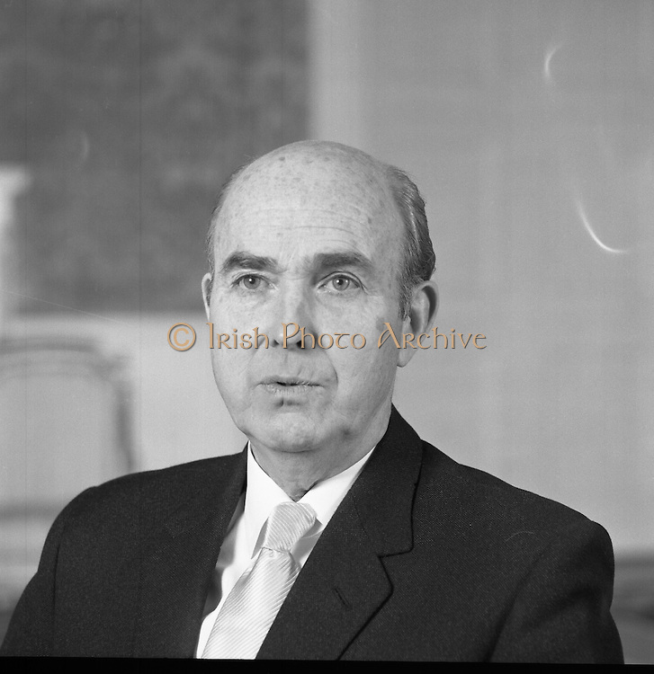 President Cearbhall O'Dalaigh.   (H84).1975..10.01.1975..01.10.1975..10th January 1975..A series of portraits taken of President Cearbhall O'Dalaigh and his wife Mairín Bean Uí Dhálaigh. The pictures were taken in the president's official residence Áras an Uachtaráin..
