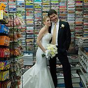 Tom and Samantha's wedding at the Ici Restaurant in Fort Greene, Brooklyn on November 8, 2008. ..Photo by Angela Jimenez .www.angelajimenezphotography.com