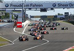 Der Start beim ADAC Formel 4 Rennen am Nürburgring / 070816<br /> <br /> *** ADAC Formula 4 2016 on August 7, 2016 at Nurburgring, Germany ***