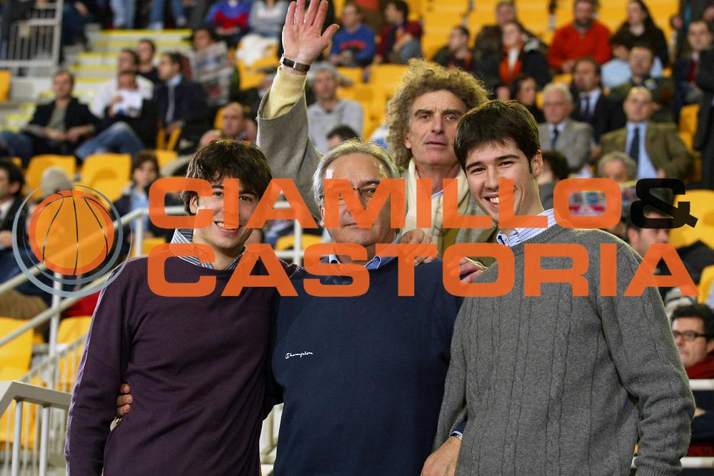 DESCRIZIONE : Roma Uleb Cup 2005-06 Lottomatica Virtus Roma Unics Kazan <br /> GIOCATORE : Laguardia Martini <br /> SQUADRA : Lottomatica Virtus Roma <br /> EVENTO : Uleb Cup 2005-2006 <br /> GARA : Lottomatica Virtus Roma Unics Kazan <br /> DATA : 31/01/2006 <br /> CATEGORIA : Ritratto <br /> SPORT : Pallacanestro <br /> AUTORE : Agenzia Ciamillo-Castoria/G.Ciamillo