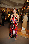 Daisy Bates, Gala champagne reception and dinner in aid of CLIC Sargent.  Grosvenor House Art and Antiques Fair.  Grosvenor House. Park Lane. London. 14 June 2006. ONE TIME USE ONLY - DO NOT ARCHIVE  © Copyright Photograph by Dafydd Jones 66 Stockwell Park Rd. London SW9 0DA Tel 020 7733 0108 www.dafjones.com