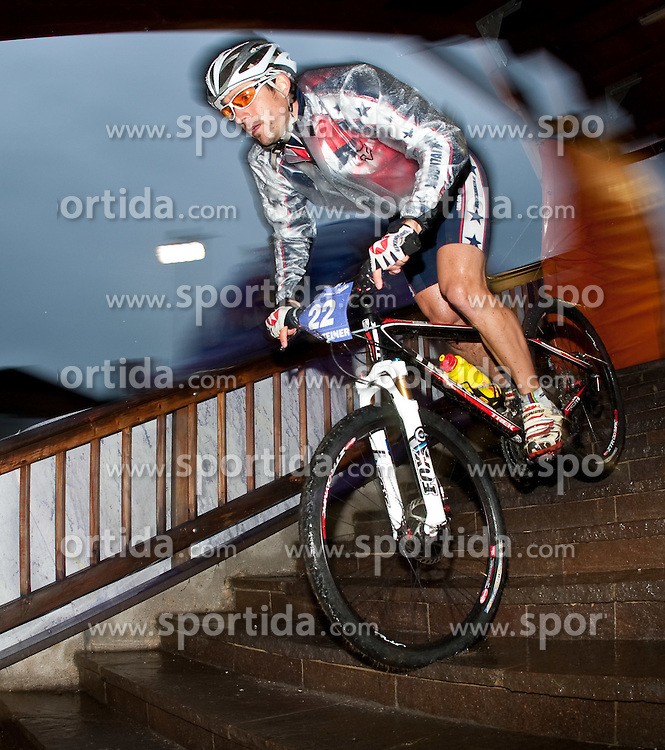 05.08.2010, Geschäftszeile, Kaprun, AUT, Bike Infection 2010, XC Battle, im Bild #22, Gerald Burgsteiner, (AUT, Trek-mountainbiker.at), EXPA Pictures © 2010, PhotoCredit: EXPA/ J. Feichter / SPORTIDA PHOTO AGENCY