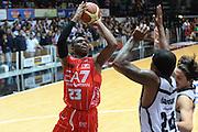 DESCRIZIONE : Caserta campionato serie A 2013/14 Pasta Reggia Caserta EA7 Olimpia Milano<br /> GIOCATORE : Keith Langford<br /> CATEGORIA : tiro<br /> SQUADRA : EA7 Olimpia Milano<br /> EVENTO : Campionato serie A 2013/14<br /> GARA : Pasta Reggia Caserta EA7 Olimpia Milano<br /> DATA : 27/10/2013<br /> SPORT : Pallacanestro <br /> AUTORE : Agenzia Ciamillo-Castoria/GiulioCiamillo<br /> Galleria : Lega Basket A 2013-2014  <br /> Fotonotizia : Caserta campionato serie A 2013/14 Pasta Reggia Caserta EA7 Olimpia Milano<br /> Predefinita :