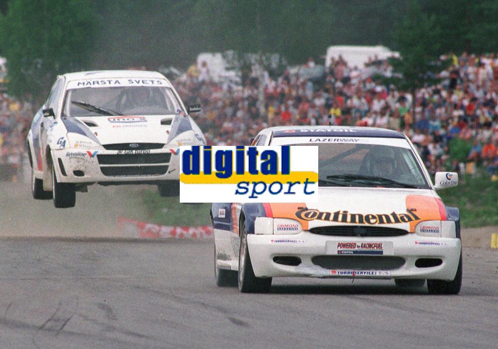 Motorsport, Ludvig Hunsbedt Ford Escort RS 2000 og Micahel Jernberg, Ford Focus, EM Rallycross Höljes Sverige 1999.