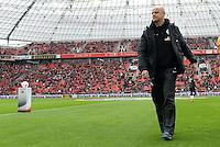 FUSSBALL   1. BUNDESLIGA   SAISON 2012/2013    31. SPIELTAG Bayer 04 Leverkusen - SV Werder Bremen                  27.04.2013 Trainer Thomas Schaaf (SV Werder Bremen) enttaeuscht in der BayArena