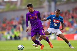 DUBLIN, REPUBLIC OF IRELAND - Saturday, August 4, 2018: Liverpool's Roberto Firmino and Napoli's Allan Marques Loureiro during the preseason friendly match between SSC Napoli and Liverpool FC at Landsdowne Road. (Pic by David Rawcliffe/Propaganda)
