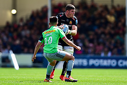 Dave Ewers of Exeter Chiefs is marked by Marcus Smith of Harlequins - Mandatory by-line: Ryan Hiscott/JMP - 27/04/2019 - RUGBY - Sandy Park - Exeter, England - Exeter Chiefs v Harlequins - Gallagher Premiership Rugby