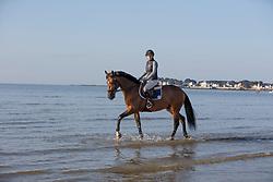 Guery Patricia, Chilipepper Z <br /> Sunday morning beach training - La Baule 2016<br /> © Hippo Foto - Dirk Caremans<br /> 15/05/16