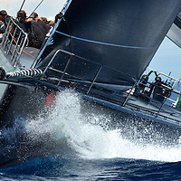 Le Jethou est un yacht ultramoderne de l'IRC Racing Yaght construit par Green Marine à Lymington. Il est nommé d'après les îles anglo-normandes situées à côté de la côte Est de Huernsey. Ce Judel Vrolijk est un yacht de 62 pieds qui dispose d'équipement entièrement optimisé et d'une coque en fibre de carbone légère. Il a été conçu exclusivement pour la vitesse.Le Jethou, appartenant et piloté par Sir Peter Ogden, a déjà montré de très bons résultats dans le circuit méditerranéen.<br /> <br /> L'équipage expérimenté, avec notamment Brad Butterworth, Stuart Branson et Ian Budgen, a réussi à faire de très bonnes places dans de célèbres régates telles que la Palma Vela, la Copa del Rey, les Voiles de Saint-Tropez, le Championnat du Monde Rolex Maxi et le Giraglia Rolex Cup.