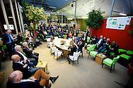AMMERZODEN - In tuincentrum OASEGROEN ging deze avond het NL Greenlabel Business Event van start. Met op de foto  wat sfeerbeelden van dit business event. FOTO LEVIN DEN BOER - PERSFOTO.NU