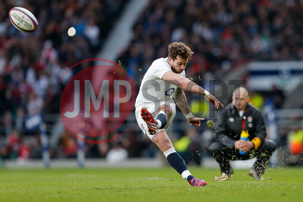 England replacement Danny Cipriani kicks a conversion - Photo mandatory by-line: Rogan Thomson/JMP - 07966 386802 - 14/02/2015 - SPORT - RUGBY UNION - London, England - Twickenham Stadium - England v Italy - 2015 RBS Six Nations Championship.