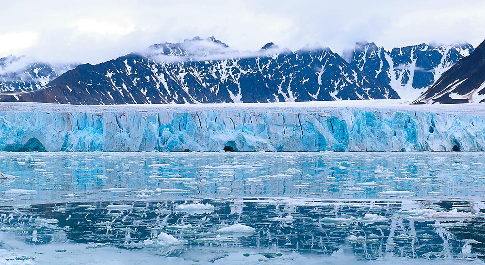 Lilliehookbreen Glacier Svalbard