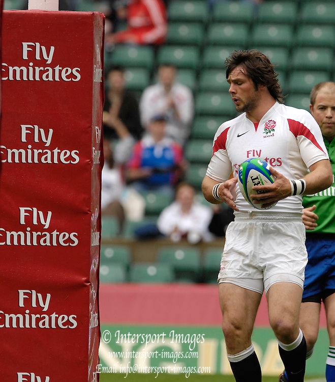 Twickenham, England.England's,  Ben FODEN, during the ENG vs KENYA match at the London Sevens Rugby, Twickenham Stadium, Sun, 27/05/2007 [Credit Peter Spurrier/ Intersport Images]
