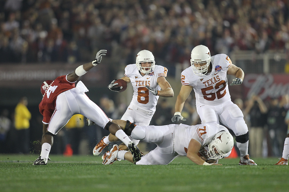 PASADENA,CA - JANUARY 07: Jordan Shipley #8 of the Texas Longhorns runs with the ball against the Alabama Crimson Tide. The Crimson Tide defeated the Longhorns 37-21 in the Citi BCS National Championship game on January 7, 2010 at the Rose Bowl in Pasadena, CA.  Photo by Tom Hauck. PLAYER:Jordan Shipley