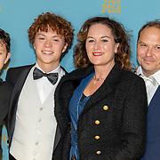 NLD/Amsterdam/20191007 De Belote van Pisa premiere, Maike Meijer, partner Marc Braun en kinderen Thor,