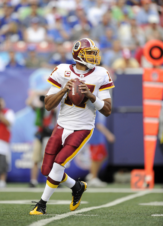 EAST RUTHERFORD, NJ - SEPTEMBER 13: Jason Campbell #17 of the Washington Redskins looks to pass against the New York Giants during their game on September 13, 2009 at Giants Stadium in East Rutherford, New Jersey. (Photo by Rob Tringali) *** Local Caption *** Jason Campbell