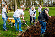IJSSELSTEIN - Princess Beatrix does volunteer work at Playground Monastery parking facilities under NLDoet. Members of the royal family committed during the national volunteer action. <br /> copyright robin utrecht<br /> <br /> IJSSELSTEIN - Prinses Beatrix doet vrijwilligerswerk bij Speeltuin Kloosterplantsoen in het kader van NLDoet. Leden van het koninklijk huis zetten zich in tijdens de nationale vrijwilligersactie. copyright robin utrecht