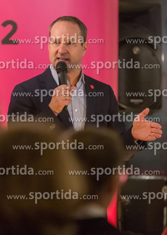 22.01.2018, Innsbruck, AUT, Landtagswahl in Tirol, Wahlkampfauftakt der Tiroler NEOS, im Bild Bundesvorsitzender Matthias Strolz // during the start of the State election in Tyrol, election campaign of the Tyrolean NEOS in Innsbruck, Austria on 2018/01/22. EXPA Pictures © 2018, PhotoCredit: EXPA/ Jakob Gruber