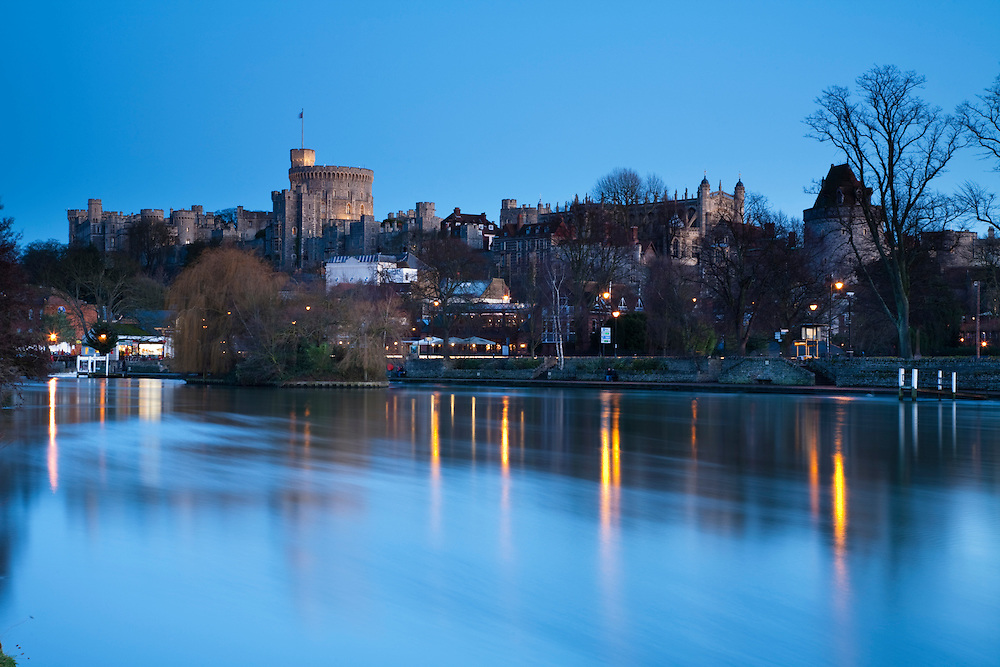 Windsor Castle and the River Thames at sunset, Berkshire, Uk