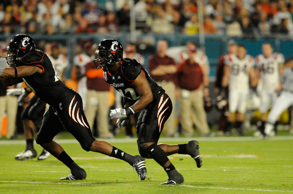 2009 FedEx Orange Bowl: Cincinnati Bearcats vs Virginia Tech Hokies