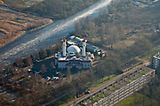 Nederland, Noord-Holland, Zaandam, 10-01-2009; Poelenburg, moskee Sultan Ahmet, de moskee is de grootste in West-Europa van de Turks-islamitische gemeenschap;.Sultan Ahmet Mosque, the mosque is the largest in Western Europe for the Turkish-Muslim community. .luchtfoto (toeslag); aerial photo (additional fee required); .foto Siebe Swart / photo Siebe Swart.photo Siebe Swart