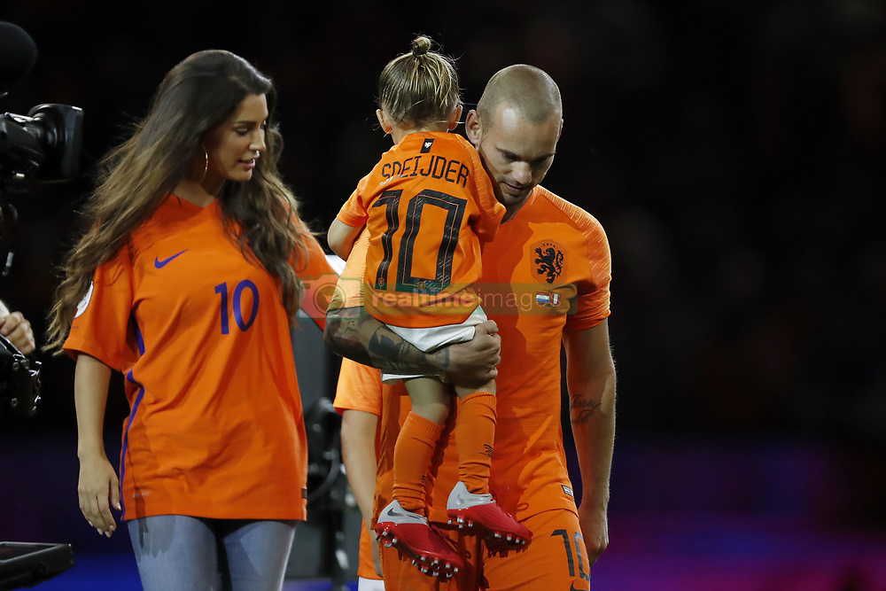 (L-R) Yolanthe Sneijder-Cabau, Xess Xava, Wesley Sneijder of Holland, during the International friendly match match between The Netherlands and Peru at the Johan Cruijff Arena on September 06, 2018 in Amsterdam, The Netherlands