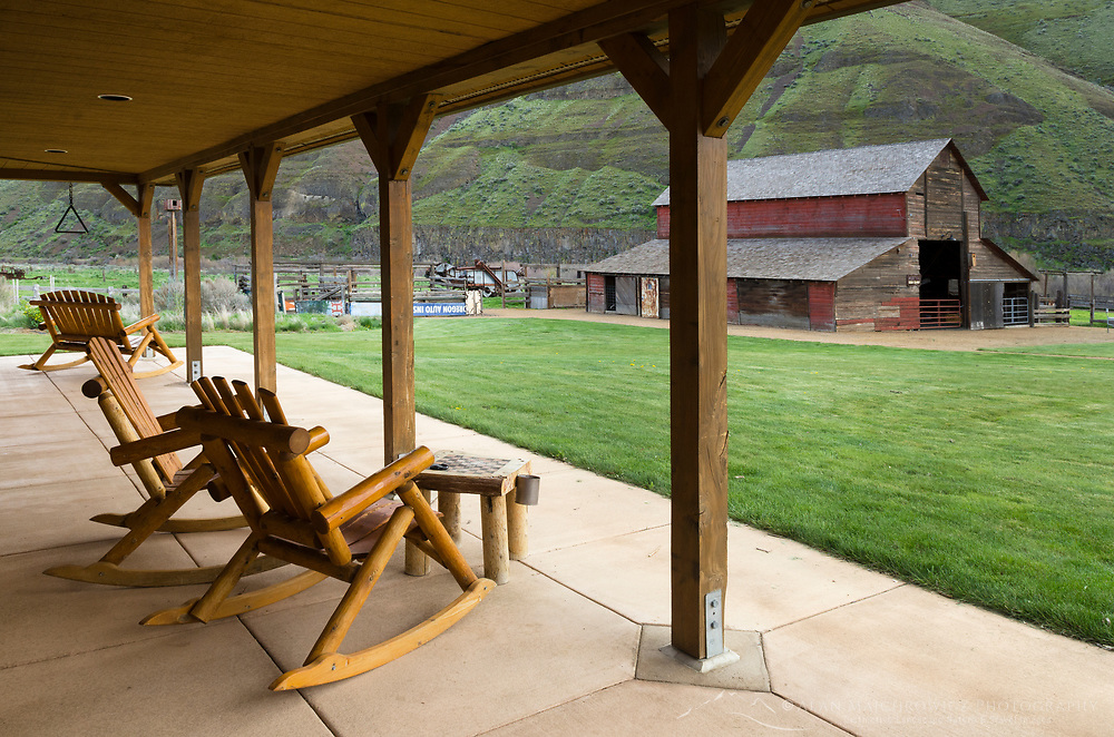 Rocking chairs at Cottonwood Canyon State Park, Oregon