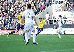 Kemar Roofe of Oxford United scores. - Mandatory byline: Alex James/JMP - 10/01/2016 - FOOTBALL - Kassam Stadium - Oxford, England - Oxford United v Swansea City - FA Cup Third Round