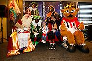 2911-2015 VOETBAL:SINTERKLAASFEEST:TILBURG<br /> Koning Willem II stadion, Supportersclub Willem II viert Sinterklaas met zijn zwarte pieten met de jeugd, kids<br /> <br /> <br /> Foto: Geert van Erven
